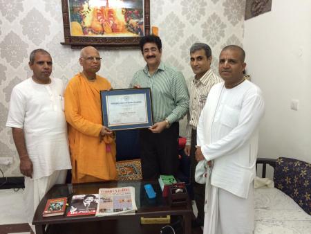 Sandeep Marwah Honored With Patron Ship of ISKCON