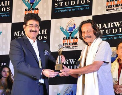 Mahesh Aney Honored With Excellence in Cinema Award at 7th GFFN