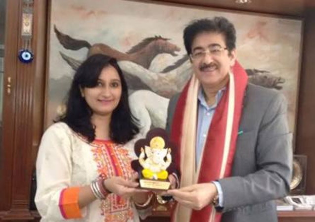 """Navdrishti Educational & Welfare society honored Sandeep Marwah for his contribution to film, television, media and fine arts. He is a well known international media person with five world records to his credit. Marwah is the founder of Noida Film City, which is the fastest growing film city in the world. Mission Navdrishti Times invited Sandeep Marwah as a special guest on the occasion of its 4th sewa ka Mahayagya 2015 & """"Ek Shayam Keshav ka Naam"""" event dedicated to the values of lord Krishna. Sandeep Marwah was presented with the smriti chinh of lord """"Ganesha"""" as a chief advisor Mission Navdrishti Time. """"I am thankful to the organisers for recognizing my efforts in media and entertainment industry"""" said Sandeep Marwah President of Marwah Studio."""