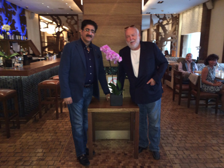 Sandeep Marwah Invited Andrew G Vajna to Indian Film Festival