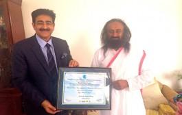 Sri Sri Ravi Shankar Met Ambassador of Peace Sandeep Marwah