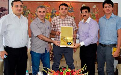 Sandeep Marwah Honored by Turkish Delegation