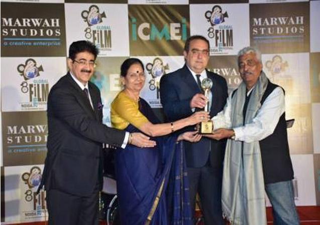 Adil Rana Honored at 8th Global Film Festival Noida