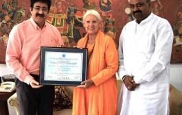 Sandeep Marwah Invited by Italian Yoga Center
