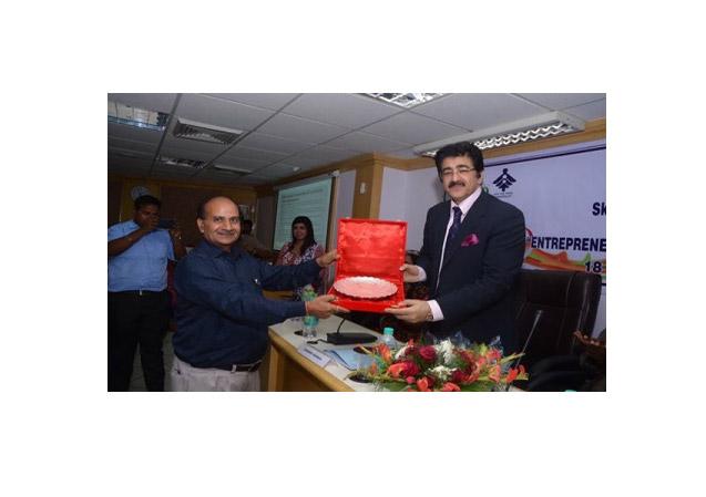 Ministry of Skill Development Honored Sandeep Marwah