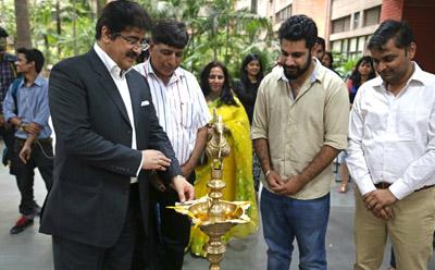 Sandeep Marwah Inaugurated Photography Exhibition of Aman Chotani