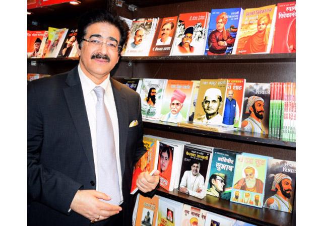 Sandeep Marwah Special Invitee at World Book Fair