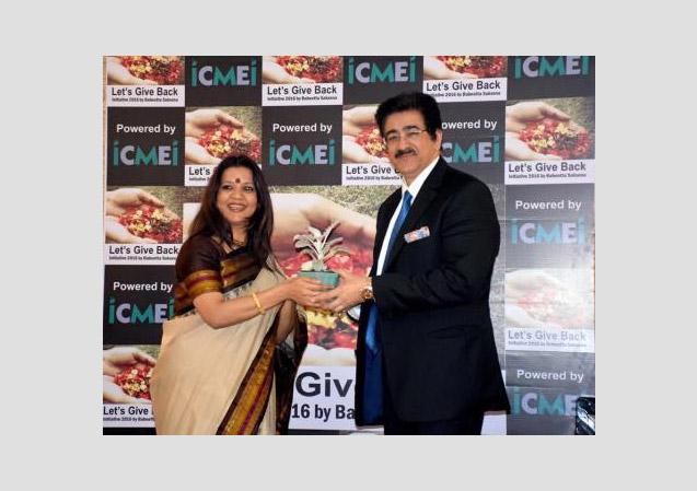 Global Cultural Ambassador Honored at New Delhi