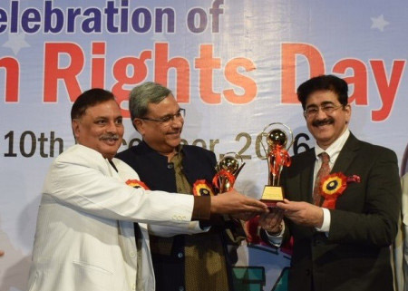 Sandeep Marwah Honored by All India Human Rights Association