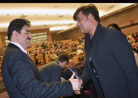 Sandeep Marwah Invited Ravi Kishen to AAFT