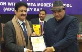 Sandeep Marwah Honored by All India Sports Journalists Association