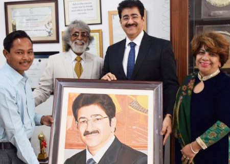 Artist Sukhdev presented A piece of Art to Marwah