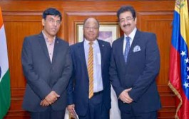 Sandeep Marwah Special Guest at Venezuela National Day