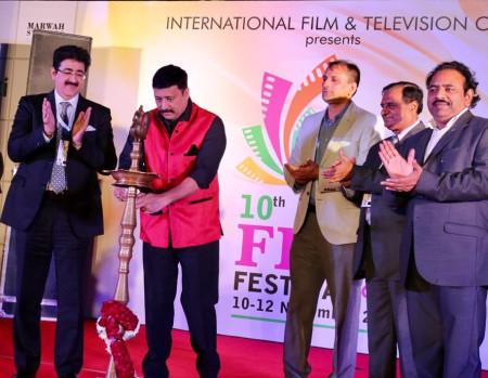 Electrifying Evening of 10th Global Film Festival Noida 2017