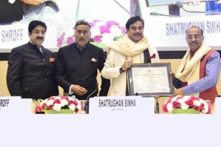IFTRC Life Membership to Vijay Goel at Hindi Cinema Samman Samaroh