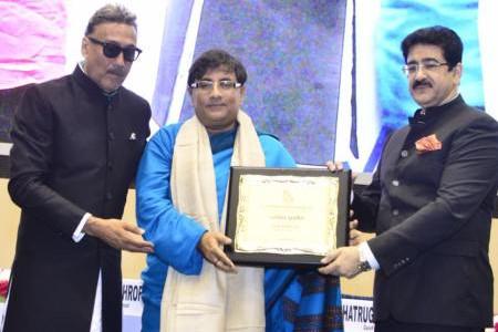 Darmesh Darshan Honored With Hindi Cinema Gaurav Samman