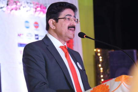 Sandeep Marwah Appeals to Art World on First Day of New Year 2018