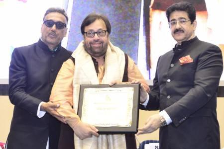 Pankaj Parashar Honored With Hindi Cinema Samman