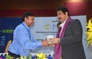 Sandeep Marwah Honored by Ministry of Textile at Varanasi