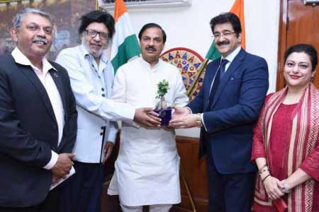 ART And Culture Committee of PHDCCI Met Minister