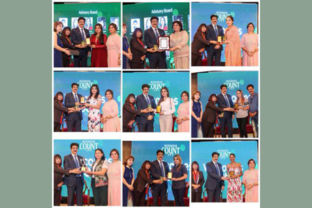 Sandeep Marwah Chief Guest at Women's Business Club