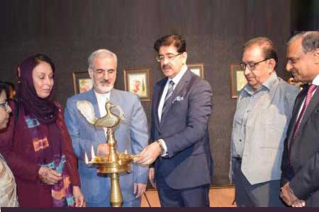 Exhibition of Paintings by Iranian Painter at Marwah Studios