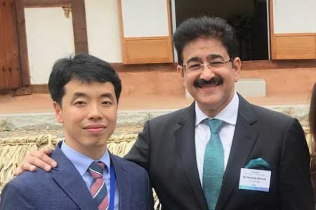Sandeep Marwah announced International Scholarship for Deserving Students