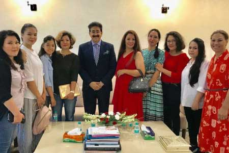 Women Delegation From Afghanistan at ICMEI Headquarters