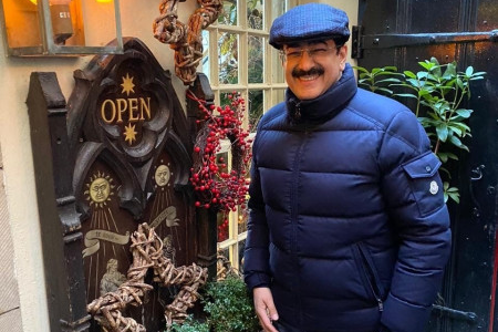 Global Cultural Minister Sandeep Marwah Spoke About Love Peace & Unity