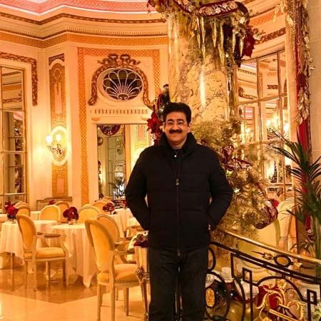 Tete A Tete With Sandeep Marwah Founder of Noida Film City