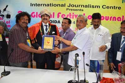 Sandeep Marwah Honored by NAI Karnataka