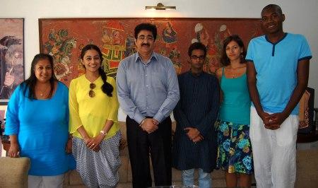 Hindi Language Touches Heart-Sandeep Marwah