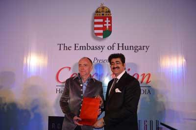 Sandeep Marwah Honored by Hungarian Ambassador in Delhi
