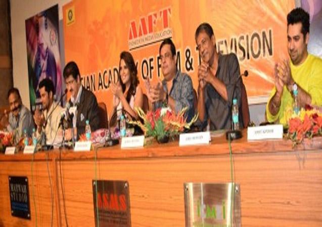 Team of Main Aur Charles at AAFT