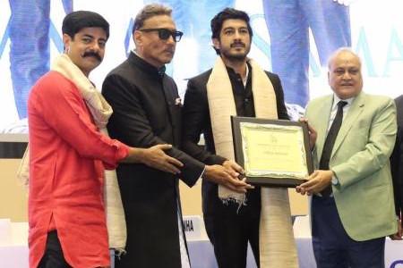 Mohit Marwah Honored With Hindi Cinema Samman