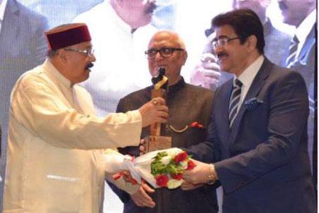 Sandeep Marwah Honored With Dada Sahib Phalke Film Festival Award